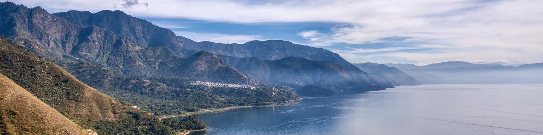 Lake Atitlán in Guatemala (Photo: Lukas Jancicka, Pixabay)